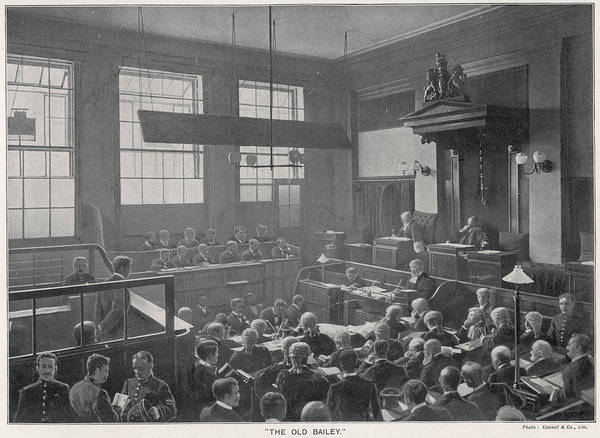 Wall Art - Photograph - Court Scene At The Old Bailey by Mary Evans Picture Library