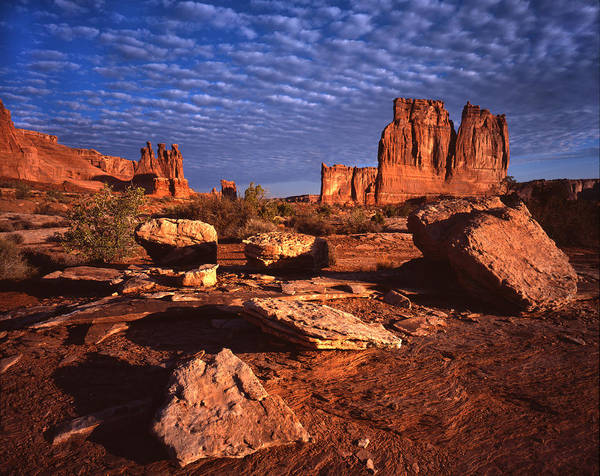 Courthouse Towers Wall Art - Photograph - Courthouse Wash Sunrise by Ray Mathis