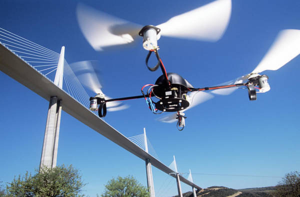 Coverts Photograph - Cpx4 Drone by Philippe Psaila/science Photo Library