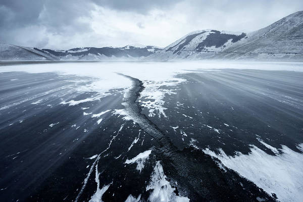 Crack Photograph - Crack In The Ice by Riccardo Lucidi