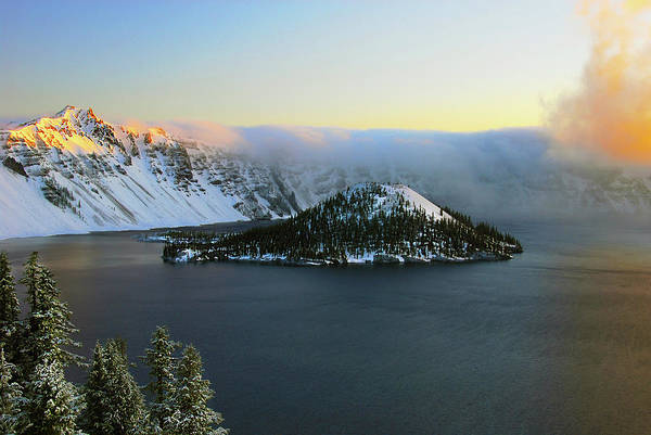 Alpenglow Photograph - Crater Lake At Dawn, Crater Lake by Michel Hersen