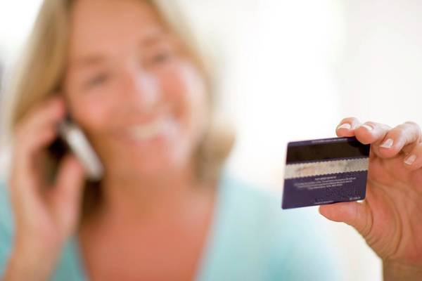 Tele Photograph - Credit Card Purchasing by Ian Hooton/science Photo Library