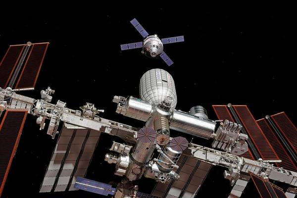 International Space Station Photograph - Crew Exploration Vehicle Approaching Iss by Walter Myers/science Photo Library