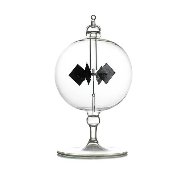 Wall Art - Photograph - Crookes Radiometer by Science Photo Library