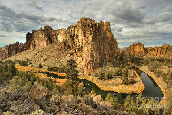 Crooked River Photograph - Croooked River Around The Jagged Peaks by Adam Jewell