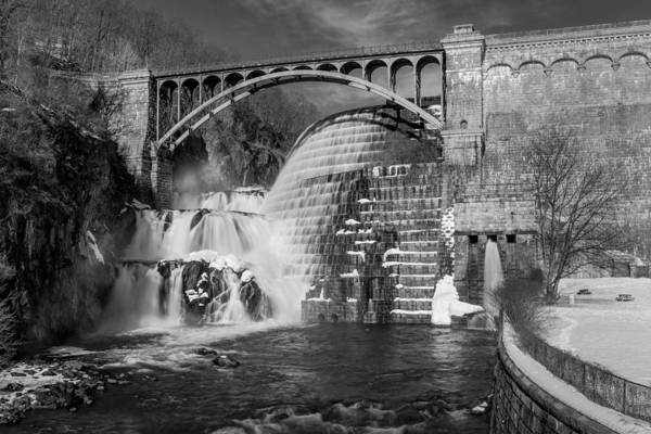 Spillway Photograph - Croton Dam Bw by Susan Candelario