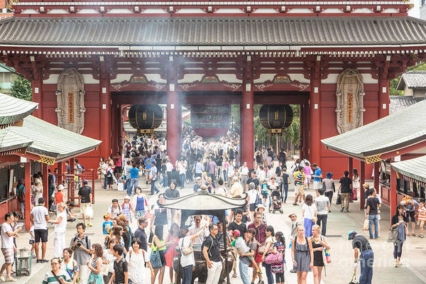 Photograph - Crowd At Senso-ji In Tokyo by Didier Marti