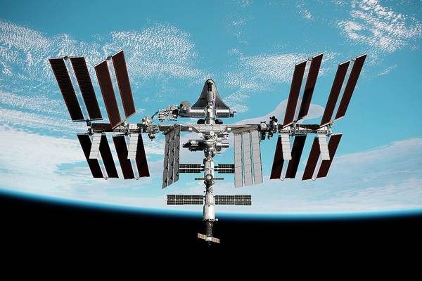 International Space Station Photograph - Cruise Shuttle Docked With The Iss by Nasa/walter Myers/science Photo Library