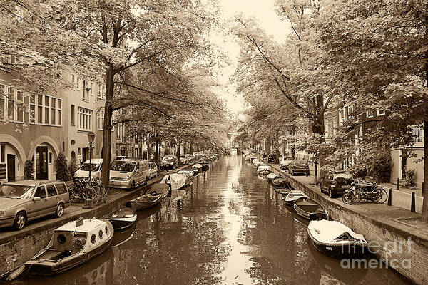 Houseboat Photograph - Cruising On The Canal I by Ivy Ho