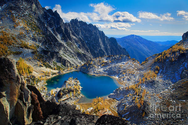 Alpine Lakes Wilderness Photograph - Crystal Lake by Inge Johnsson