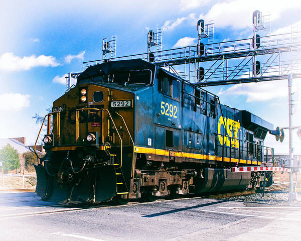 Photograph - Csx 5292 Warner Street Crossing by Bill Swartwout Photography