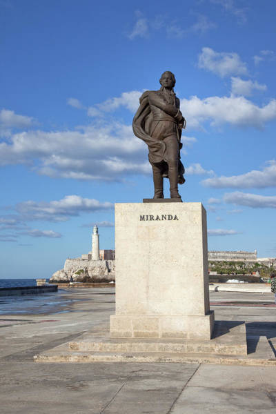 Wall Art - Photograph - Cuba Havana, 2010 by Granger