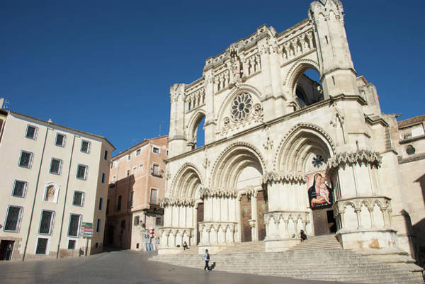 Man Of La Mancha Wall Art - Photograph - Cuenca Cathedral And Plaza Mayor by Craig Pershouse