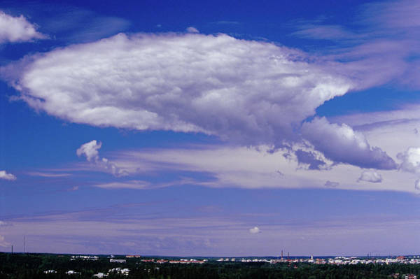 Cumulus Photograph - Cumulus Cloud by Pekka Parviainen/science Photo Library
