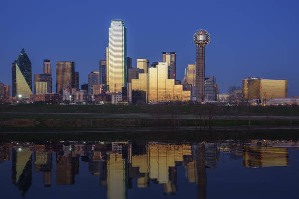 Photograph - Dallas Twilight by Rick Berk