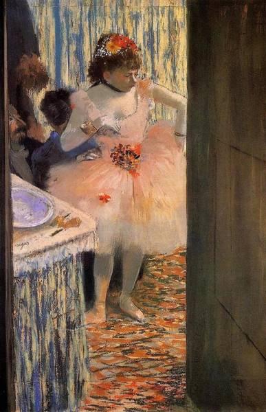 Winterthur Wall Art - Painting - Dancer In Her Box by Edgar Degas