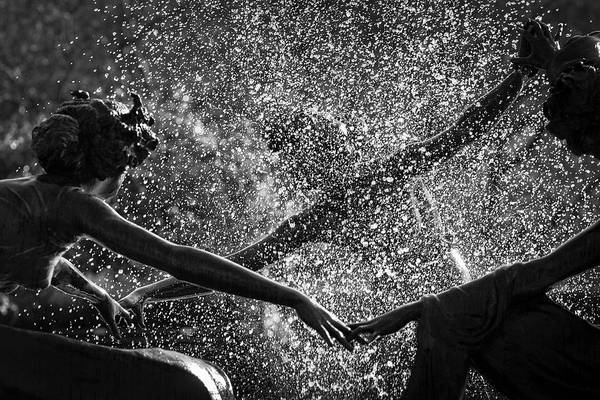 Dancing Girls Of Central Park Art Print