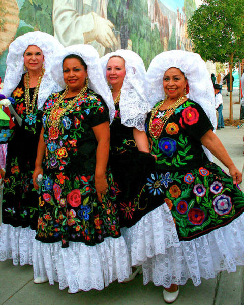 Indio Photograph - Dancing Queens Palm Springs by William Dey