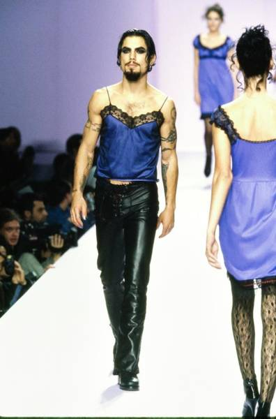 Dave Navarro On The Runway For Anna Sui Art Print by Guy Marineau