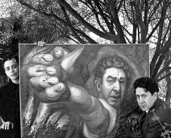 Photograph - David Alfaro Siqueiros And Angelica Arenal De by Horst P. Horst