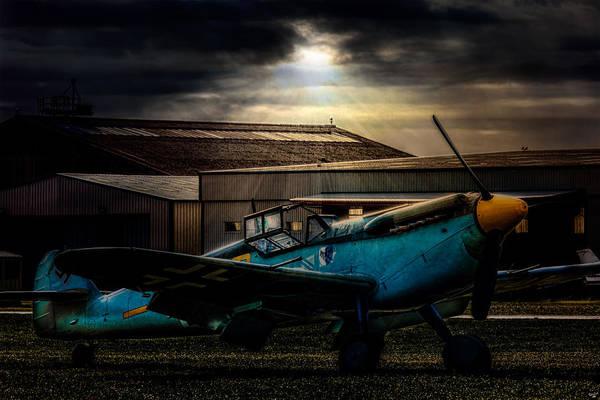Photograph - Dawn Raider by Chris Lord