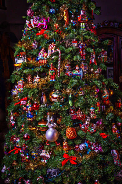 Photograph - Decorated Christmas Tree by Garry Gay