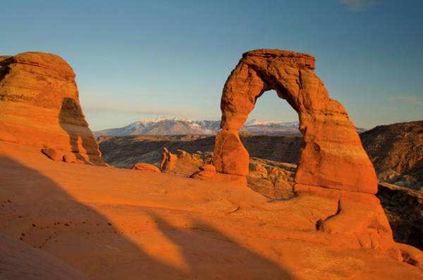 Delicate Arch Photograph - Delicate Arch, Arches National Park by Roddy Scheer