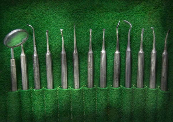Wall Art - Photograph - Dentist - The Kit by Mike Savad