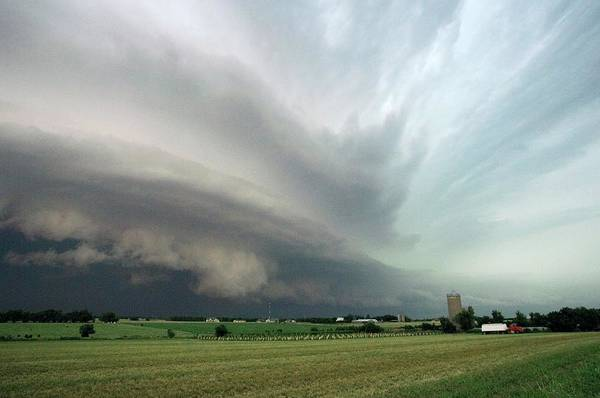 Shelf Cloud Photograph - Derecho Thunderstorm by Jim Reed Photography/science Photo Library