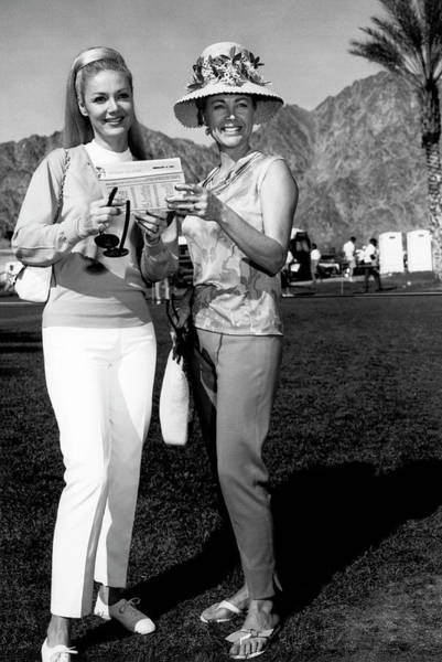 Photograph - Desert Classic Golf Fashion by Underwood Archives