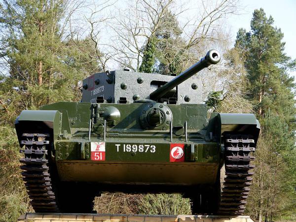 Photograph - Desert Rats - Cromwell Mark Iv Tank Little Audrey 1 by Richard Reeve