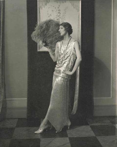 Down Feather Photograph - Desiree Lubowska Holding An Ostrich Fan by Edward Steichen