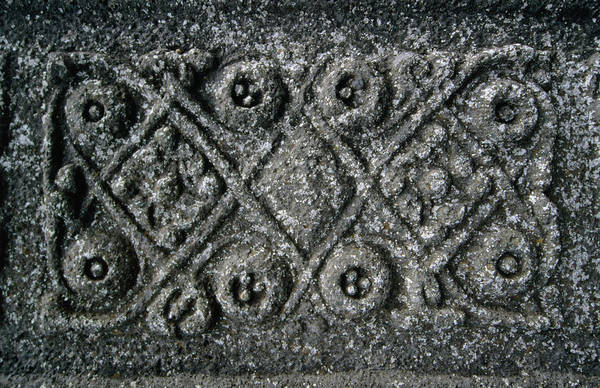 Art And Craft Photograph - Detail Of Mcleans Stonecross At Iona by Martin Moos