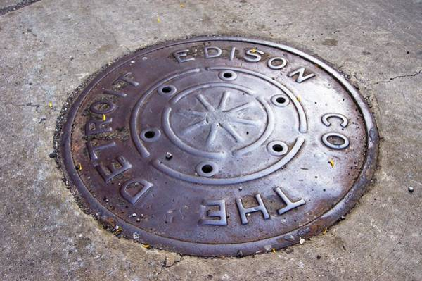49ad75434 Manhole Wall Art - Photograph - Detroit Edison Manhole Cover by Mark  Williamson/science Photo