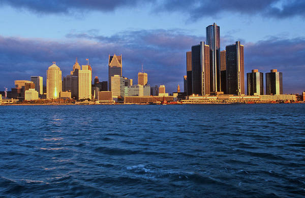 Detroit Lake Wall Art - Photograph - Detroit Skyline At Sunrise by Panoramic Images