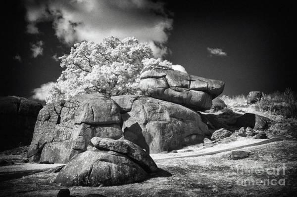 Gettysburg Battlefield Photograph - Devils Den - Gettysburg by Paul W Faust -  Impressions of Light