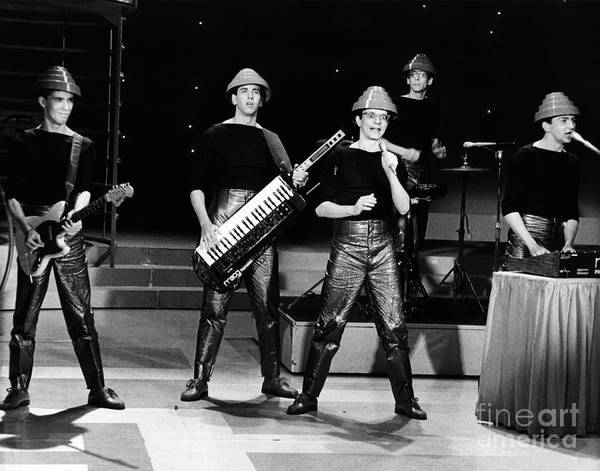 Chris Walter Wall Art - Photograph - Devo 1980 by Chris Walter