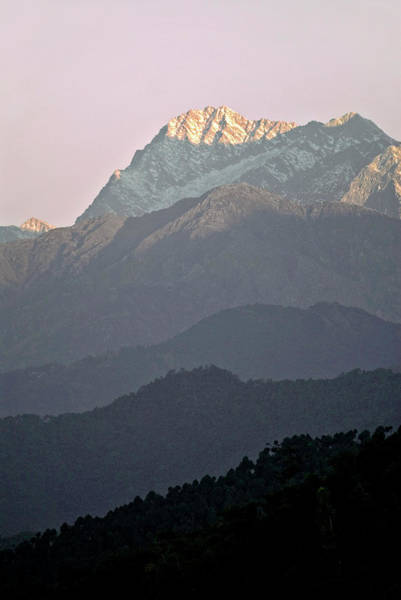 Indian Peaks Photograph - Dhaula Dar Mountains by Simon Fraser/science Photo Library