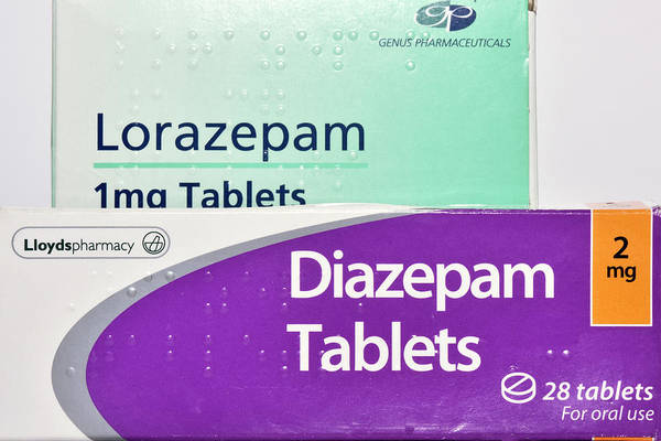 Wall Art - Photograph - Diazepam And Lorazepam Drugs by Dr P. Marazzi/science Photo Library