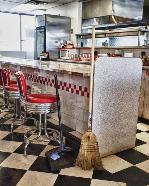 Photograph - Dingy Diner by Trever Miller