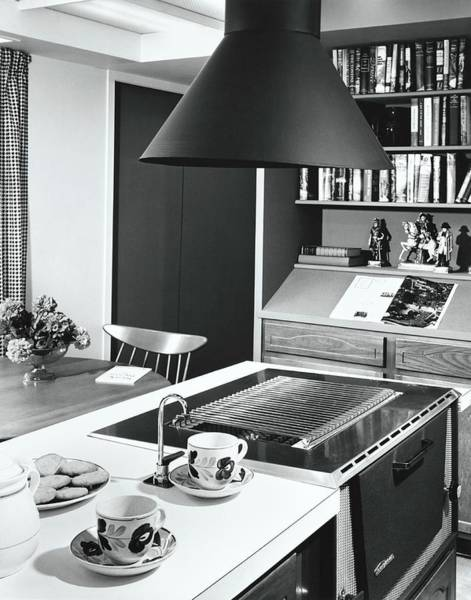 Oven Photograph - Divider Between Cooking And Dining Areas by Pedro E. Guerrero