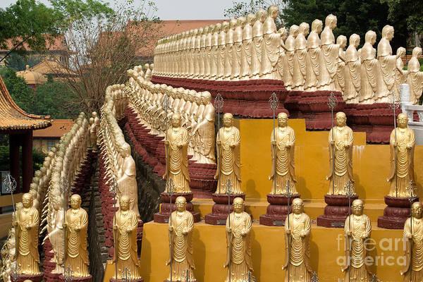 Photograph - Dizhangwang Statues by Yew Kwang