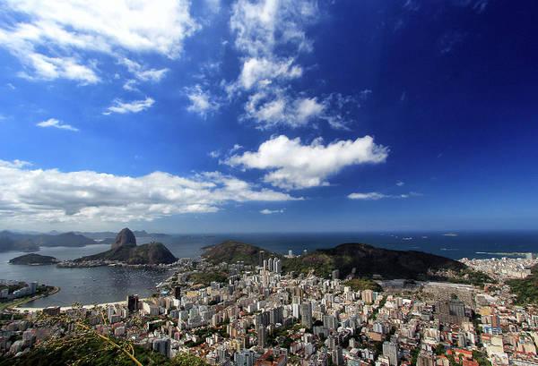 Rio De Janeiro Photograph - Do Pão De Açúcar A Copacabana by Alexandre Zoppa