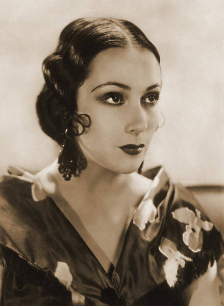 Photograph - Dolores Del Rio, Hollywood Movie Star by Photo Researchers