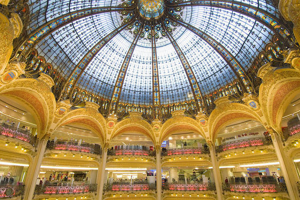 Galeries Lafayette Photograph - Domed Central Area Of Galeries by Ian Cumming