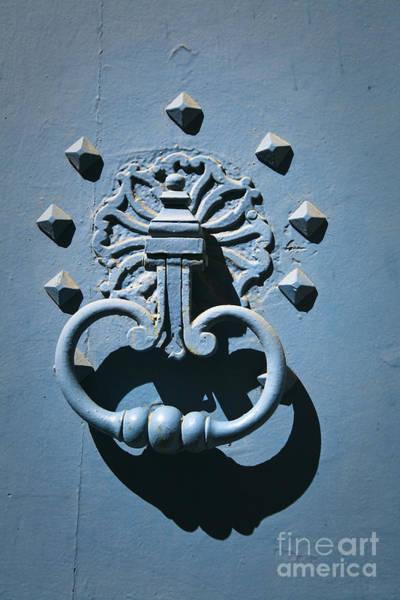 Photograph - Doorknob by Maria Heyens