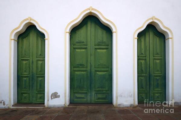 Chapa Photograph - Doors And Windows Lencois Brazil 6 by Bob Christopher