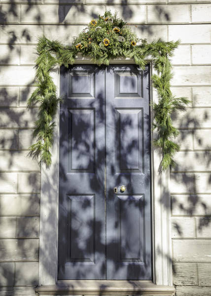 Juniper Berries Wall Art - Photograph - Doors Of Williamsburg 15 by Teresa Mucha
