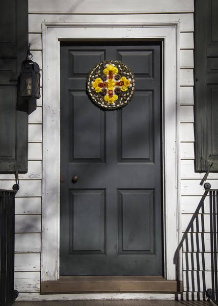Royal Colony Photograph - Doors Of Williamsburg 17 by Teresa Mucha