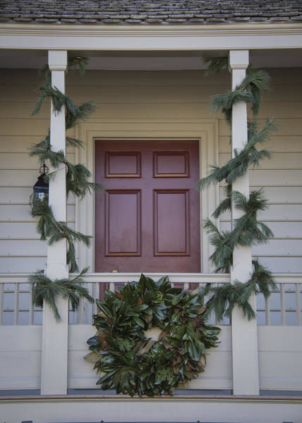 Royal Colony Photograph - Doors Of Williamsburg 18 by Teresa Mucha